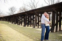 fort worth engagement photos | Fort-Worth-Engagement-Session-Fort-Worth-Modern-Art-Museum-Trinity ...