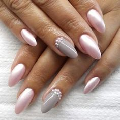 Semi-permanent varnish, false nails, patches: which manicure to choose? - My Nails Classy Nails, Cute Nails, Pretty Nails, Cool Nail Designs, Acrylic Nail Designs, Hair And Nails, My Nails, Ballerina Nails Shape, Nagel Stamping