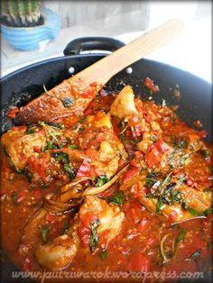 Ayam Rica-Rica by nisa tsvetkova Halal Recipes, Indian Food Recipes, Asian Recipes, Cooking Recipes, Paneer Recipes, Malay Food, Indonesian Cuisine, Malaysian Food, My Favorite Food