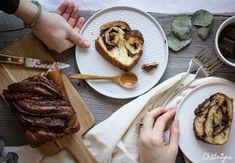 Le babka est une brioche marbrée au chocolat originaire de Jérusalem. Elle demande un peu de temps devant soi mais le résultat en vaut la peine ! Le Boudin, Yotam Ottolenghi, Steak, French Toast, Pork, Breakfast, Comme, Blog, Brioche