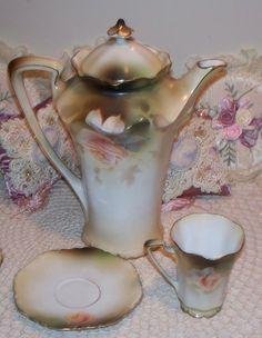 Prussia Chocolate Pot Set Peach Roses