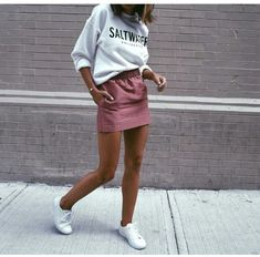 Blush rose pink skirt, white graphic sweatshirt shirt, white shoes sneakers, fall and spring outfit, school outfit