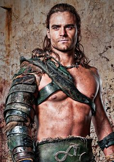 Train Like A Gladiator: Get In Shape Now With The Dustin Clare Spartacus Workout