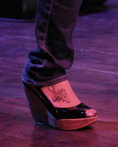 Hilary Scott foot tatooes | Hillary Scott and Tattoos (#1531236) / Coolspotters