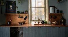 Sebastian Cox | deVOL Kitchens and Interiors Rustic Kitchen Cabinets, Primitive Kitchen, Copper Kitchen, Scandinavian Kitchen Cabinets, 70s Kitchen, Rustic Kitchens, Teal Kitchen, Kitchen Cupboard, Modern Cabinets