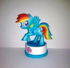 Rainbow dash paper craft