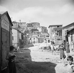La Perla, Puerto Rico looks a lot like my old neighborhood in Tijuana Puerto Rico Island, San Juan Puerto Rico, Old Pictures, Old Photos, Vintage Pictures, Latina, Puerto Rico Pictures, Puerto Rican Cuisine, Puerto Rico History