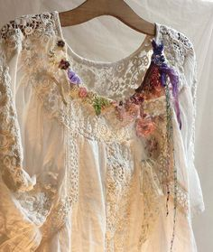 OPENWORK WHITE and Meadow Flowers Hippie Art White Cotton  Tunic Lovely Wedding Girls Rustic Boho Tribal Wilde Ethno Romantic Country