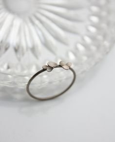 'Dahlia'+delicate+18ct.+white+gold+Ring+from+dkjewellery+by+DaWanda.com