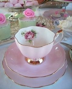 Vintage Shabby Pink! | Tea Time