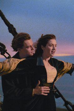 Leonardo Dicaprio In Titanic, Young Leonardo Dicaprio, Die Titanic, Titanic Movie, Claire Danes, Iconic Movies, Good Movies, Kate Winslet And Leonardo, Kate Winslet Young