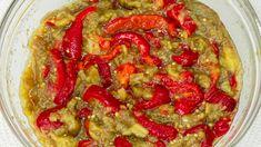 Este rețeta mea preferată cu vinete, o fac toată vară! Canning Recipes, Salad Recipes, Eggplant Dishes, Romanian Food, Sweet Tarts, Ratatouille, I Foods, Vegetable Pizza, Guacamole