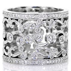 Design 1502 - Knox Jewelers - Minneapolis Minnesota - New Wedding Bands - Heirloom Band Jewelry Box, Jewelry Rings, Jewelry Accessories, Fine Jewelry, Jewelry Design, Jewlery, Jewellery Earrings, The Bling Ring, Bling Bling