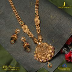 Get In Touch With us on Gold Wedding Jewelry, Gold Jewelry Simple, Gold Jewellery, Bridal Jewelry, India Jewelry, Beaded Jewelry, Gold Mangalsutra Designs, Jewelry Design Earrings, Necklace Designs