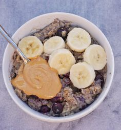 Blueberry Pie Baked Oatmeal - Leah's Plate