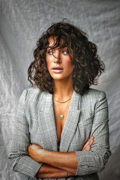 Haircuts For Curly Hair, Curly Hair Cuts, Short Curly Hair, Curly Hair Styles, Hair Inspo, Hair Inspiration, Mid Length Hair, Face Hair, Dream Hair