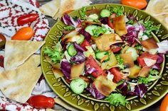Cobb Salad, Cantaloupe, Fruit, Ethnic Recipes, Feta, Vegans, Fine Dining, Salads