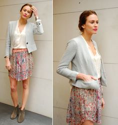 vutti printed skirt in blanc / noir & etoile ito blazer in grey