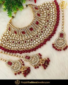 featured:- Antique Gold Ruby Kundan Choker Set Shop our latest collection at our. - featured:- Antique Gold Ruby Kundan Choker Set Shop our latest collection at our store or visit our - Wedding Jewellery Designs, Fancy Jewellery, Wedding Jewelry Sets, Stylish Jewelry, Fashion Jewelry, Indian Bridal Jewelry Sets, Bridal Kundan Jewellery, Jewelry Design Earrings, Jewelry Model
