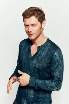 Actor Joseph Morgan from CW's 'The Originals' poses for a portrait during ComicCon 2017 at Hard Rock Hotel San Diego on July 22 2017 in San Diego. Klaus The Originals, Vampire Diaries The Originals, Joseph Morgan, Charles Michael Davis, Daniel Gillies, Famous Men, Thomas Brodie, Cute Boys, Actors & Actresses