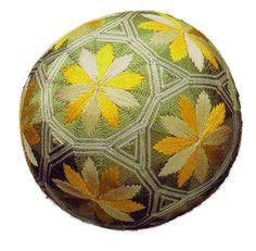 Embroidery: C10 Temari Tutorial - Flowery Wheels