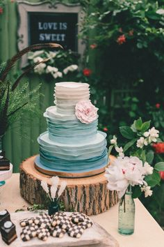 Willowdale Estate Summer Wedding Inspiration from Forevercandid Photography  Read more - http://www.stylemepretty.com/massachusetts-weddings/2013/07/30/willowdale-estate-summer-wedding-inspiration-from-forevercandid-photography/