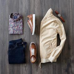 Business casual inspiration with a tan suede jacket eone watch brown leather sneakers floral shirt from grand frank navy denim socks from tiesdotcom Brown Leather Sneakers, Revival Clothing, Outfits Hombre, Sharp Dressed Man, Men Style Tips, Men Dress, Men Casual, Casual Outfits, Mens Fashion