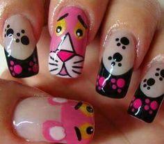 Uñas pantera rosa