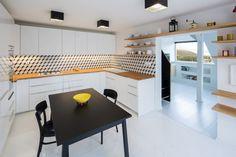 No Architects, Rekonstrukce prvorepublikového bytového domu – foto © Tomáš Brabec