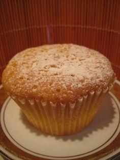 Vaníliapudinggal töltött muffin