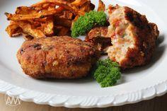 V kuchyni vždy otevřeno ...: Kuřecí karbanátky se sušenými rajčaty a sýrem