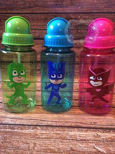 Personalized 14.5 oz Water Bottle Straw Cup by KidzKlothezline
