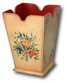 Bauernmalerei (pronounced bow-urn-maler-rye) is folk art associated with Germany, Austria and Switzerland. One Stroke Painting, Painting Edges, Tole Painting, Fabric Painting, Painting On Wood, Farmer Painting, German Decor, German Folk, 257