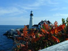 #Maine in the fall is a beautiful place! Repin if you'd love to check out the #FallFoliage there. (via: @ejfrasier)
