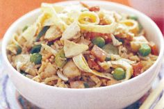 Delicious pieces of salty bacon add a meaty touch to this hearty chicken fried rice. Thai Chicken Fried Rice, Roasted Chicken, Rice Recipes, Asian Recipes, Ethnic Recipes, Recipies, Roast Chicken Recipes, Meal Planning, Bacon