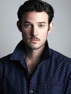 """In our interview Evan Williams talks about playing the Chevalier de Lorraine on """"Versailles"""", portraying his relationship with Philippe d'Orléans, and about his """"Loving Out"""" project for building a school in Nepal. Actors Male, Actors & Actresses, Gorgeous Men, Beautiful People, Versailles Tv Series, Alex Evans, George Blagden, Luis Xiv, People"""