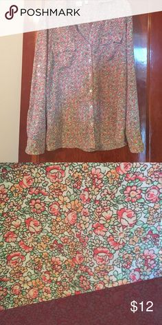 New York and company blouse size xxl New York and company flowered blouse can be long sleeve or 3/4 length. Excellent condition New York & Company Tops Blouses