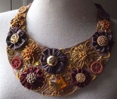 Necklace with dorset buttons and flores (yo-yos)
