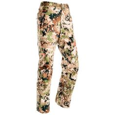 Sitka Gear's only rain pant in the women's Big Game line will always have a place in your pack. The full Gore-Tex® membrane will guarantee you sanctuary from the wettest weather the mountain can dish out. Bow Hunting Deer, Big Game Hunting, Crossbow Hunting, Hunting Rifles, Sitka Gear, Rain Pants, Camo Outfits, Wet Weather, Gore Tex