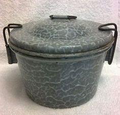 VINTAGE-Grey-Graniteware-ANGEL-BUNDT-UPSIDE-DOWN-CAKE-PAN-ENAMELWARE