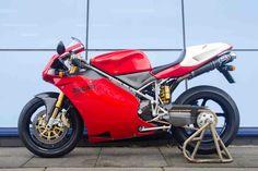 Ducati 916, Moto Ducati, Ducati Motorcycles, Alfa Romeo, Carbon Fiber, Devil, Trains, Harley Davidson, Bike