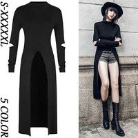 Top Gothic Fashion Tips To Keep You In Style. As trends change, and you age, be willing to alter your style so that you can always look your best. Consistently using good gothic fashion sense can help Punk Dress, Tee Dress, Gothic Outfits, Gothic Dress, Cute Goth Outfits, Prom Outfits, Pretty Outfits, Dark Fashion, Fashion Goth