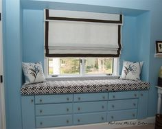 bedroom window seat with drawers/storage