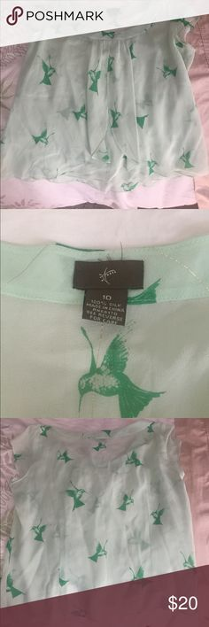 Chiffon hummingbird blouse w capped sleeves Green on green with subtle gold threading.  Beautiful with jeans, slacks, or a skirt. Anthropologie Tops Blouses