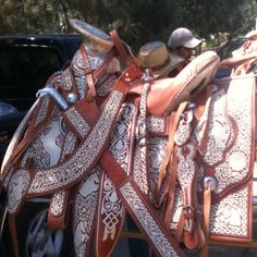 Mexican Saddle