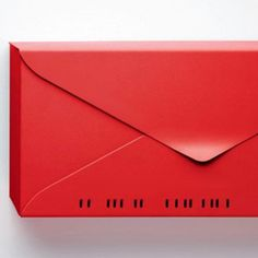 What a cool letterbox! In my favourite colour too.
