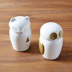 Fox + Owl Salt + Pepper Shakers If anyone wanted to get me these for Christmas...