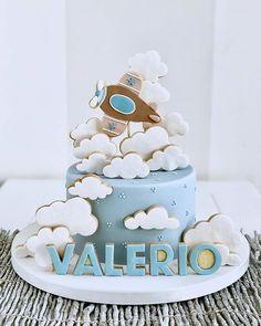 Best 12 Baby Shower by Lori Mahoney (Lori's Custom Cakes) – SkillOfKing. Airplane Birthday Cakes, Baby Birthday Cakes, Baby Boy Cakes, Baby Shower Cakes, Bolo Fack, Planes Cake, Cupcakes For Boys, Cookie Icing, Cute Cakes
