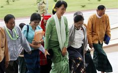 Aung San Suu Kyi facing backlash for silence on abuses : I am so disturbed to read this. Can any Myanmari citizen on Pinterest tell me what is the truth and what is happening? Please let's talk about serious things on Pinterest too, instead of just cupcakes and cookies! Please let's be citizen of world...
