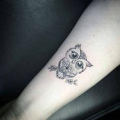Búho corazón - Tatuajes para Mujeres. Encuentra esta muchas ideas mas de Tattoos. Miles de imágenes y fotos día a día. Seguinos en Facebook.com/TatuajesParaMujeres!
